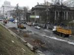 З Грушевського вивезли 100 машин сміття і помили вулицю (Фото)