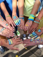 В Москве школьники устроили флешмоб против войны с Украиной